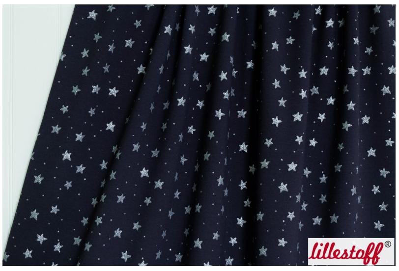 Textildesign Stjaernklar von Bernadette Burnett unter dem Label Kluntjebunt
