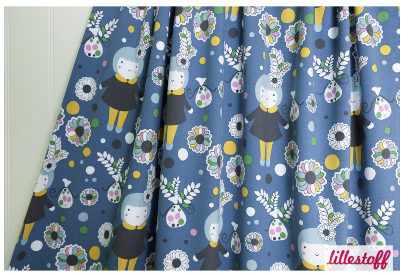 Textildesign Wintermädchen von Bernadette Burnett unter dem Label Kluntjebunt