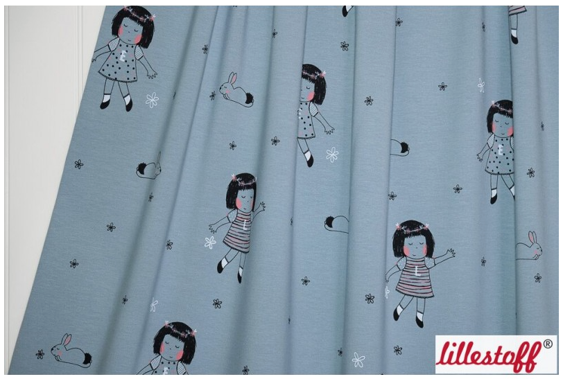 Textildesign Lotte und Elise Blumenwiese von Bernadette Burnett unter dem Label Kluntjebunt